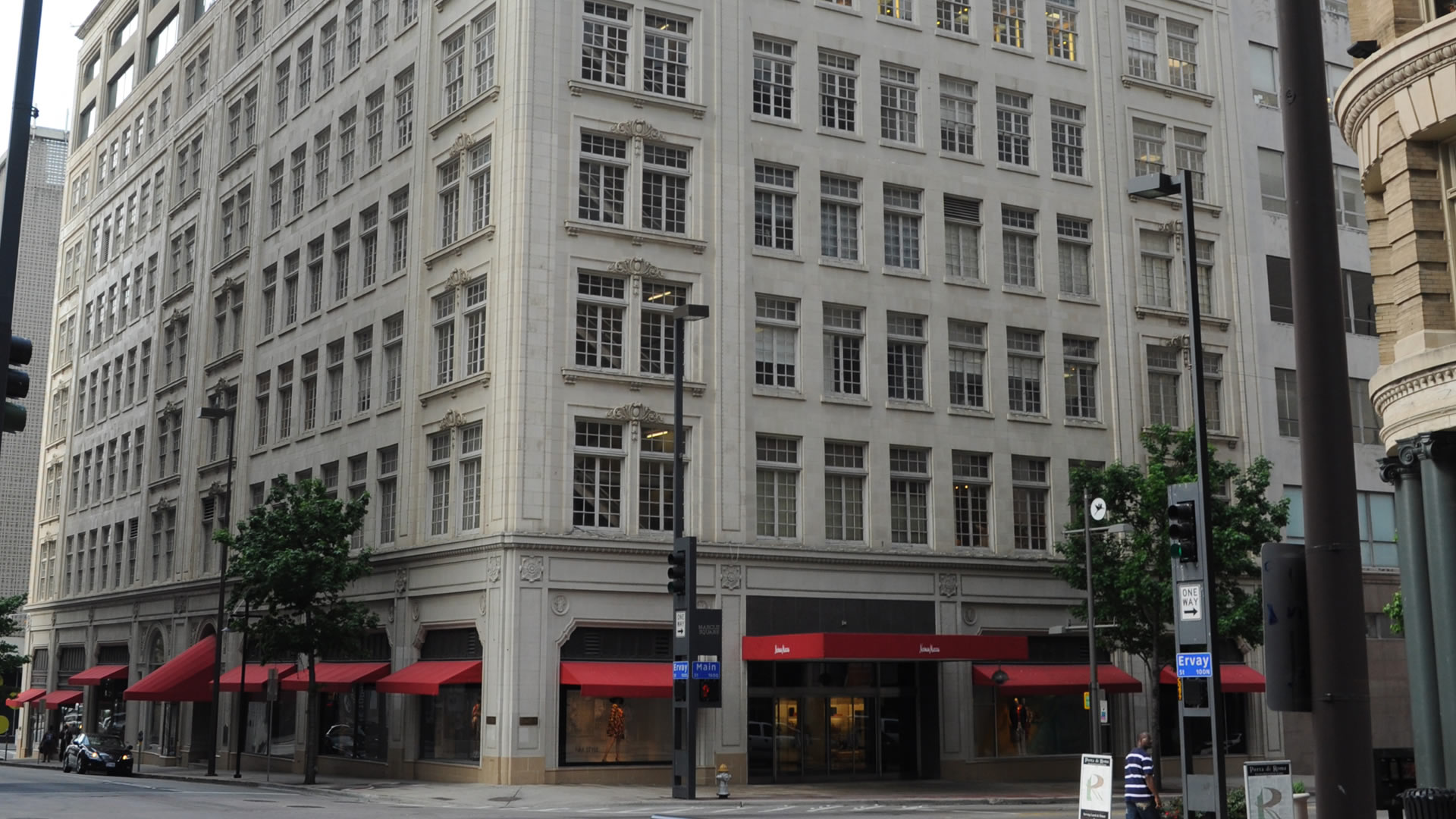 The Neiman Marcus Building is a historic commercial structure located in the Main Street District in downtown Dallas, Texas.