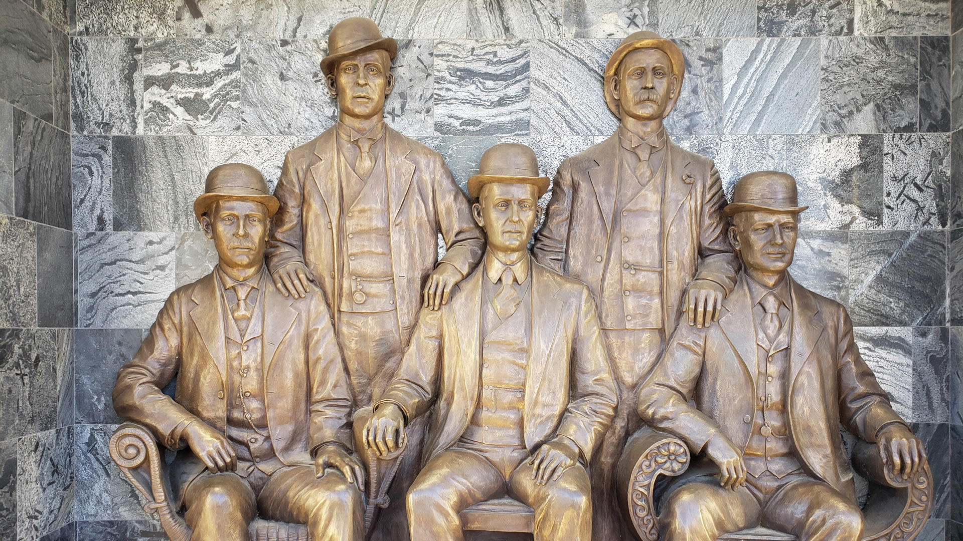 'THE WILD BUNCH' / Left to Right: Standing: Wm. Carver; Harvey Logan / Sitting: Harry Longabaugh; Ben Kilpatrick, Geo. Parker, alias 'Butch Cassidy'.